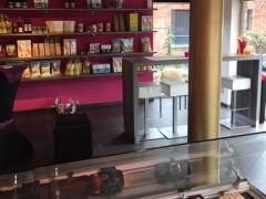 A reprendre traiteur-épicerie fine avec situation sur l'axe Bruxelles-Anvers Brabant flamand