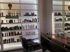 Salon de coiffure mixte avec appartement à vendre dans la région Deurne-Anvers Anvers