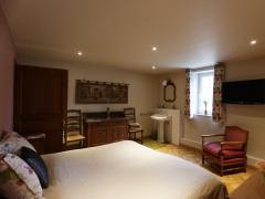 A vendre dans la région de Dinant maison de maître + grange aménagée en gite et chambres d'hôtes Province de Namur n°9