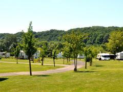 Camping à reprendre à Hotton au bord de l'Ourthe Hainaut n°2