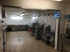 Traiteur-boucherie à reprendre pour 100 % des parts avec ou sans immeuble dans la province Liège Province de Liège n°7
