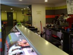 Voor 100 % van de aandelen over te nemen horeca- broodjeszaak en snackbar te Vorst Brussel Hoofdstad