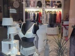 À reprendre commerce de lingerie-corseterie-balneaire dans la province de Liège Province de Liège