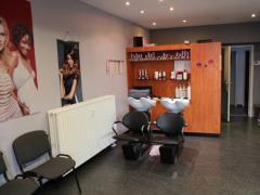A reprendre salon de coiffure mixte à Jemeppe-Sur-Meuse Province de Liège n°3