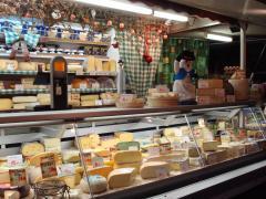 Pour 100 % des parts à reprendre commerce ambulant crémerie + fromagerie dans la province de Liège Province de Liège n°2