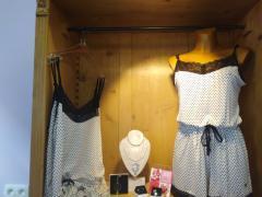 Boutique de lingerie fine, maillots, vêtements de jour et de nuit à reprendre à Sambreville Province de Namur n°2