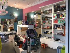 Boutique cadeaux et déco design à reprendre à Mont-sur-Marchienne Hainaut n°3