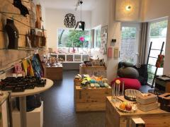 Boutique cadeaux et déco design à reprendre à Mont-sur-Marchienne Hainaut n°4