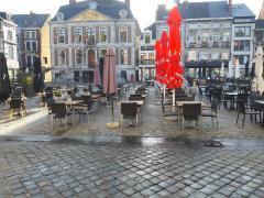 Restauration salades - tartines et pâtes à reprendre sur grand place très fréquentée dans la province de Liège Province de Liège n°5