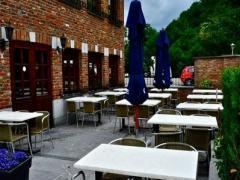 Restaurant - hôtel - salles de banquets à reprendre dans la province de Liège sur un axe très fréquenté Province de Liège n°2