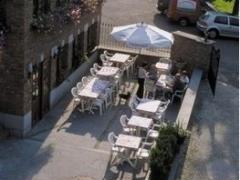 Restaurant - hôtel - salles de banquets à reprendre dans la province de Liège sur un axe très fréquenté Province de Liège n°3