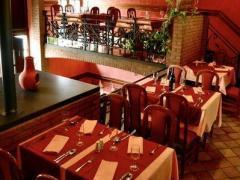 Restaurant - hôtel - salles de banquets à reprendre dans la province de Liège sur un axe très fréquenté Province de Liège n°5