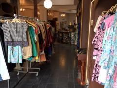 Concept store vêtements hommes-dames-événements à reprendre dans le centre d'une ville dans la province de Liège Province de Liège n°3