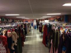 Commerce de location et vente de costumes et déguisements de carnaval, théatre, perruques à reprendre dans la Wallonie, centre ville Localisation non spécifiée n°2
