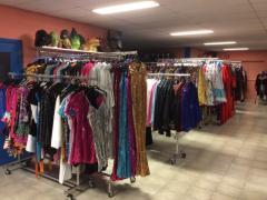 Commerce de location et vente de costumes et déguisements de carnaval, théatre, perruques à reprendre dans la Wallonie, centre ville Localisation non spécifiée n°3