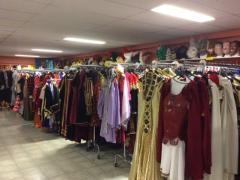 Commerce de location et vente de costumes et déguisements de carnaval, théatre, perruques à reprendre dans la Wallonie, centre ville Localisation non spécifiée n°4