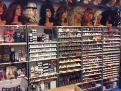 Commerce de location et vente de costumes et déguisements de carnaval, théatre, perruques à reprendre dans la Wallonie, centre ville Localisation non spécifiée n°11