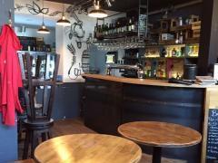 Bar à reprendre dans le centre ville de Huy Province de Liège n°3
