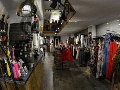 Kledij-, schoen- en accessoirewinkel over te nemen in het stadscentrum van Luik Provincie Luik