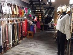 Magasin de vêtements, chaussures et accessoires à reprendre dans le centre ville de Liège Province de Liège n°8