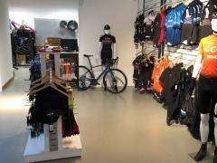 A reprendre magasin de vente et entretien de cycles- VTT, VTC (route) et électriques à Visé Province de Liège