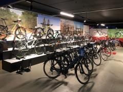A reprendre magasin de vente et entretien de cycles- VTT, VTC (route) et électriques à Visé Province de Liège n°4