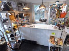 Magasin de prêt-à-porter, chaussures et accessoires à reprendre dans la ville de Durbuy Province du Luxembourg n°12