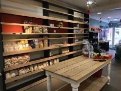 A reprendre épicerie Italienne dans le centre-ville Province de Liège n°4